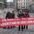 """[Video]    GRIECHENLAND SOLIDARITÄTS-KUNDGEBUNG AUF DEM STEPHANSPLATZ MIT GUTER RESONANZ Am Freitag den 16. Jänner fand auf demStock- im-Eisen-Platz (direkt neben dem Stephansdom) eine Solidaritäts-Kundgebung mit der Bevölkerung Griechenlands statt. Veranstalter war das Komitee """"Solidarität mit dem Widerstand in Griechenland"""". Neben einigen Komitee-Mitgliedern ergriff auch der ehemalige Gemeinderat der SPÖ VolkmarHarwanegg -er hat griechische Wurzeln- das Wort. Die zentralen Forderungen der Kundgebung waren:  * SCHLUSS MIT DER KEINE [...]"""
