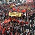 """Zur Info: Texte, Fotos, Video zum Streik der prekär Beschäftigten bei Eataly in Florenz, 30./31.8.2014 ———————————– ++ Streik bei Eataly in der Via Martelli, Florenz (Fotostrecke und ++ Kurztext) +Zwei Tage Streik, am 30. und 31. August, gegen """"Kündigungen"""" und gegen prekäre Verträge, einberufen von Cobas [Basisgewerkschafter*innen]. Die Arbeiter*innen von Eataly protestieren gegen Personalkürzungen und gegen die """"willkürliche"""" Arbeitsorganisation, die """"in keinster Weise die Bedürfnisse der Arbeiter*innen berücksichtigt"""" und fordern [...]"""