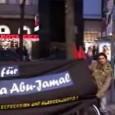 """[Video]    Anlässlich des tragischen Vorfalls am 9.Dezember 1981 in Philadephia (als Mumia Abu-Jamal der Mord an dem Polizisten Daniel Faulkner angehängt wurde) unternahm das """"Komitee 'Solidarität mit Mumia Abu-Jamal'/Wien"""" am 9.12.2010 eine Solikundgebung auf der Mariahilfer Straße. Neben vielen vorbeiströmenden Passantinnen erreichten wir mit unserenFlugblättern etliche interessierte Menschen. Dieses Jahr hatte die KJÖ einen Großteil der Organisierung der Kundgebung übernommen. Video von Labournet Austria."""