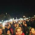 """<a href=""""http://derstandard.at/2000023167422/Fluechtlings-Aktionstag-mit-Demo-und-Konzert"""">100.000 setzen in Wien Zeichen für Solidarität mit Flüchtlingen</a> WIEN: 100 000 AUF DER SOLI-DEMO FÜR FLÜCHTLINGE    All Erwartungen wurden übertroffen: gut 100.000 TeilnehmerInnen zählte die gestrige (3.Oktober) Solidaritäts-Demo für Flüchtlinge in Wien. Ausgangspunkt war der Westbahnhof, es ging über die Mariahilferstraße, Ring bis zum Parlament. Um sich einen Begriff vom Umfang der Demo zu machen: ein Genosse, der an der Spitze der Demo marschierte und [...]"""